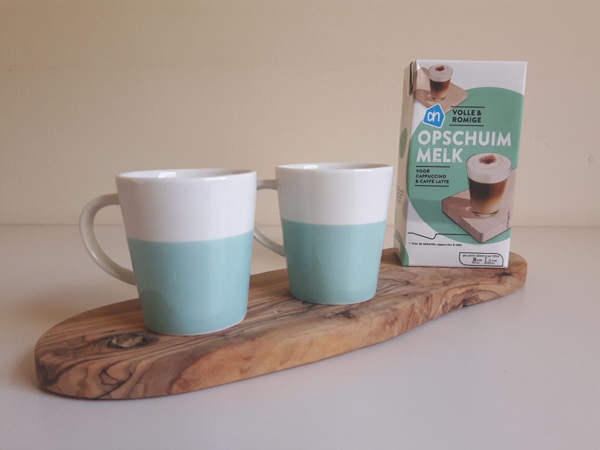 Review | Opschuimmelk vs. gewone melk