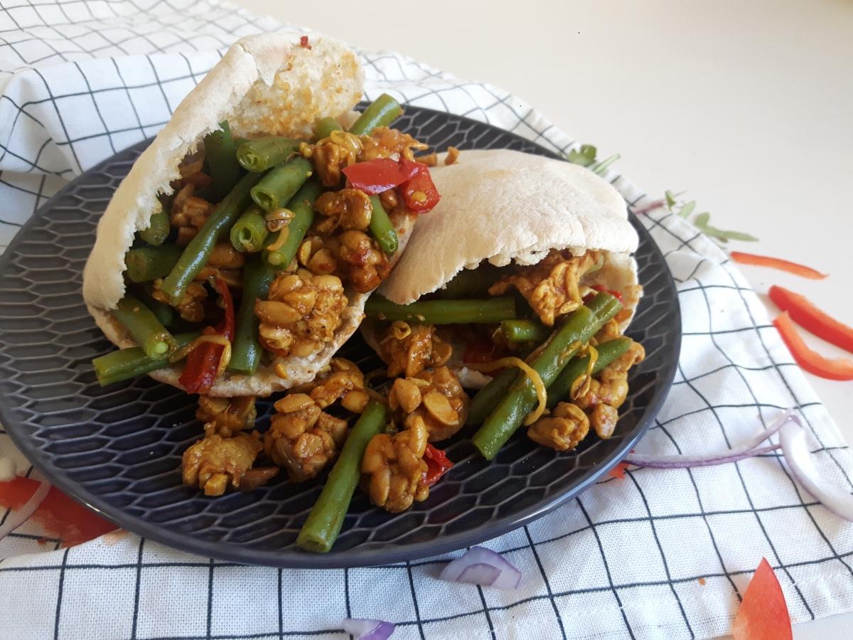 Recept & kookfilmpje| Pita Pulled Tempeh